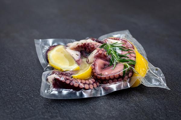 sealed seafood using vacuum technology