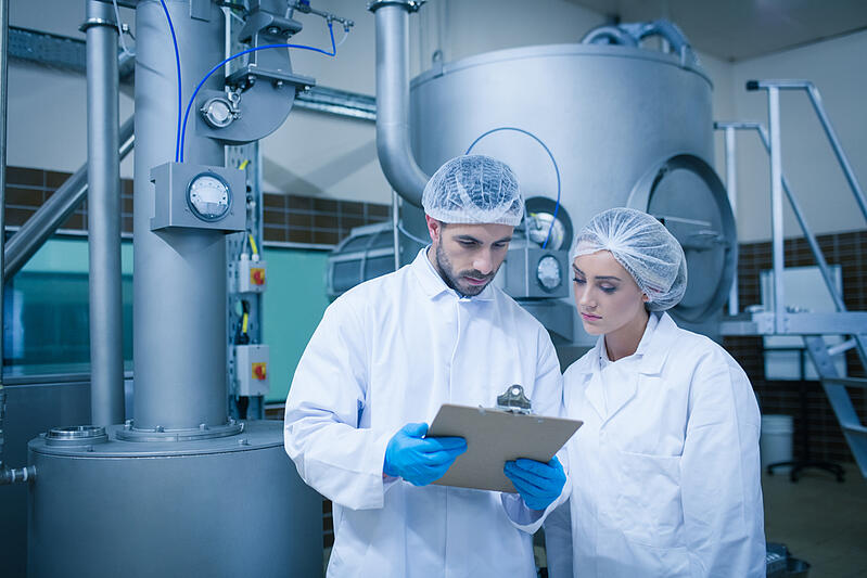 food-technicians-in-processing-plant