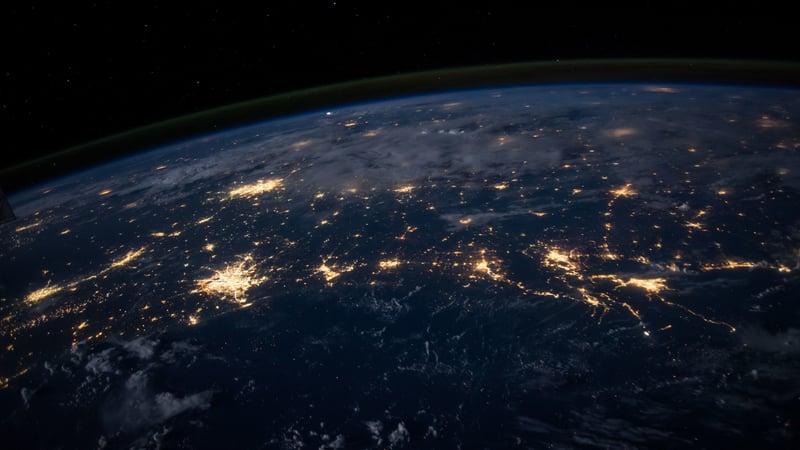 Come funziona: La tecnologia del vuoto per camere di simulazione delle condizioni ambientali nello spazio.